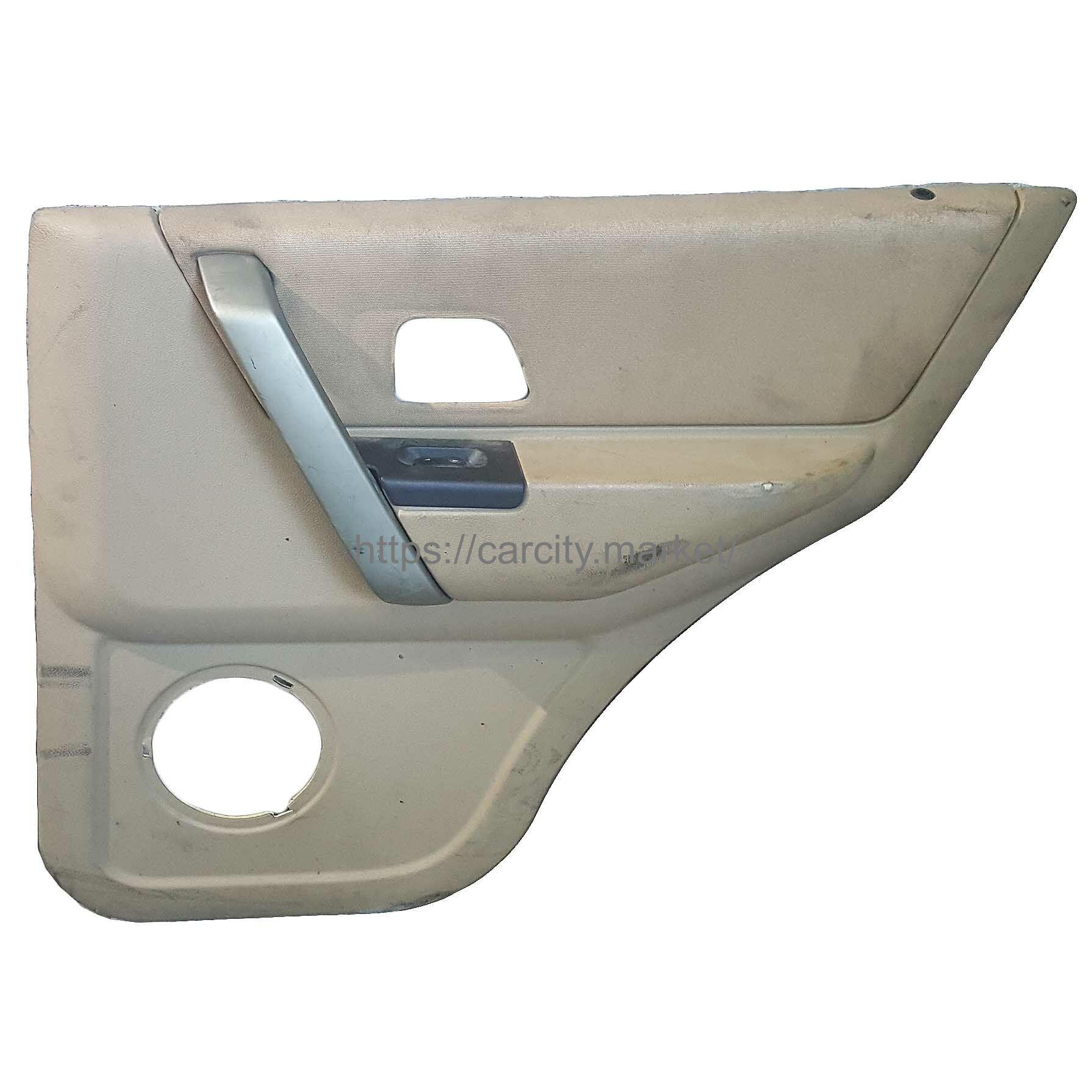 Обшивка двери задняя правая Land Rover Freelander купить в Карсти Маркет